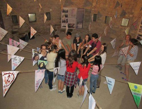 Expoziţia Dor de viitor*, organizată de liceenii participanţi la Şcoala de Vară de la Făgăraş – Sâmbăta de Sus